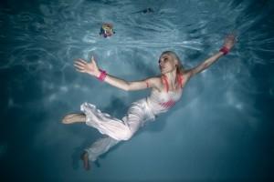 Unterwasser Werbeaufnahmen